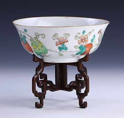A Chinese Antique Famille Rose Porcelain Bowl, Qing Dynasty