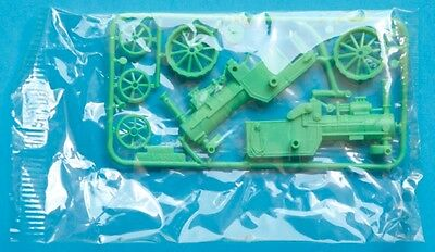 R&L 1970s OLD TIMERS - McCLAREN TRACTOR 1883 - plastic cereal toy MIB model kit