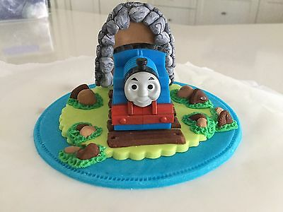 Edible Thomas The Tank Engine Fondant icing Cake decoration topper