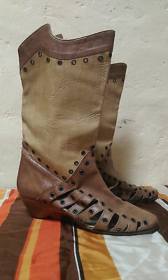 Vintage El Vaquero leather boots made in Italy cowgirl cut outs two toned tan