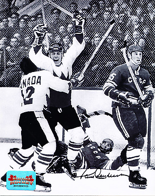 PAUL HENDERSON AUTOGRAPHED 8x10 PHOTO 1972 TEAM CANADA SUMMIT SERIES WITH COA