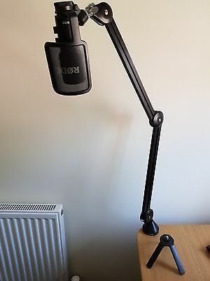 Rode NT-USB Microphone with Pop Shield And PSA1 Boom Arm