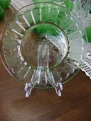 "Green Depression Floral Poinsettia 7 3/4"" Salad/Lunch Plate by Jeannette"