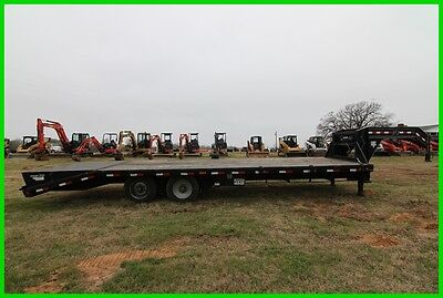2014 Pj Trailer 27' Gn Classic Flatdeck With Duals, 5' Dovetail With Power Tail!