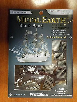 MetalEarth 3D Metal Model - Black Pearl Pirate Ship, Silver Edition (Q568)