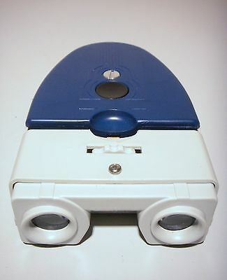Vintage Brumberger Stereo Slide Viewer   Blue and White                       #2