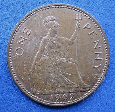 Gb    One Penny Coin    Elizabeth Ii    1962      Circulated