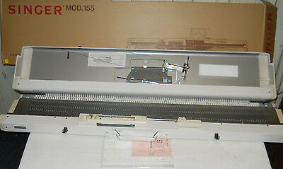 SINGER sr 155 Silver Reed Knitting Machine & Case Carriage Floor Stand/Table BOX