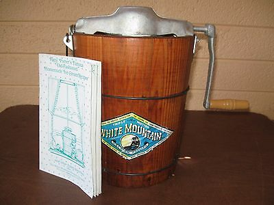 Vintage White Mountain 2 Quart Ice Cream maker Freezer Discontinued Size