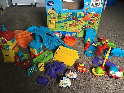 VTech Toot Toot Drivers Train Station With X3 Additional Vehicles