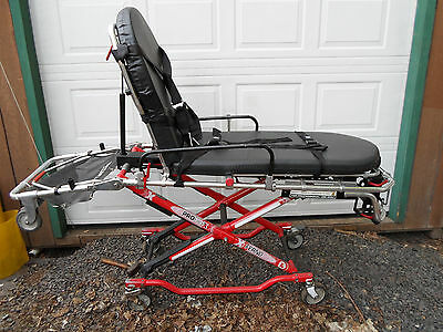 Ferno Pro Flexx 35-PST 650lbs RED Stretcher Cot EMS EMT (1 of 3 for sale)