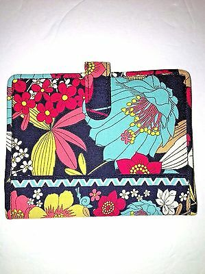 Vera Bradley Travel ID Wallet Book Passport Cover Retired Happy Snails Pattern