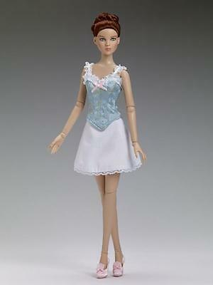 """Tonner VICTORIAN BASIC DOLL 16""""  MIB  2014 exclusive convention/ LE 250"""