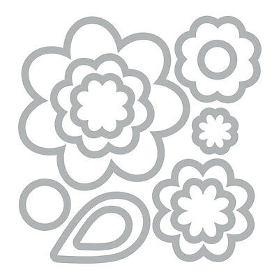 Sizzix - Flower layers & leaf dies - 11 dies - for use in most cutting systems!