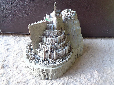 Lord Of The Rings Minas Tirith Sideshaw Weta Collectable Keepsake Box / bookend