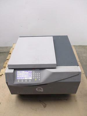 Jouan Refrigerated Benchtop 23000 RPM Centrifuge MR22i W/Rotor MTM 6.4