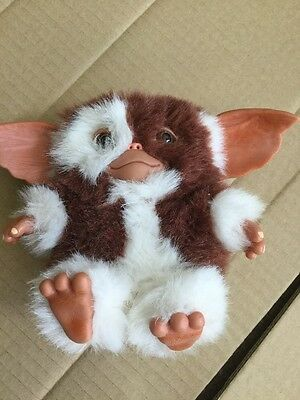Gremlins 6-Inch Smiling Gizmo Kids Toddler Baby Cuddle Mini Plush Soft Toy