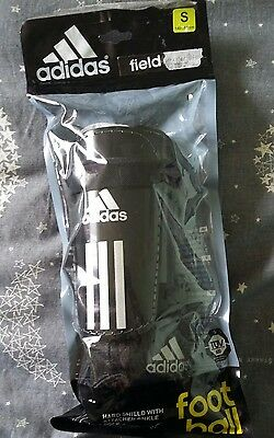 boys shin pads with attached ankle sock size small 140-160 age 10/13
