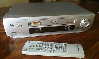 VHS PAL samsung VCR video player NTSC playback - with scart cable and REMOTE SV-