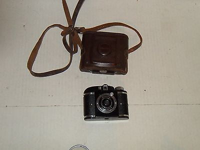 Vintage Beacon Camera With Leather Case