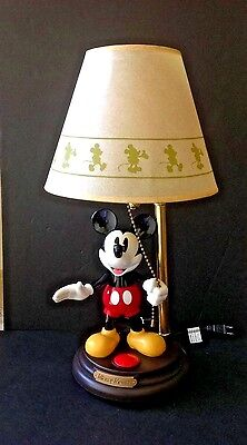 VTG Disney Mickey Mouse ANIMATED TALKING Night Light 20-1/2''Tall Lamp & Shade