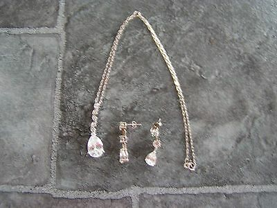 vintage? silver necklace with pendant & pair of earrings marked '925' (a)