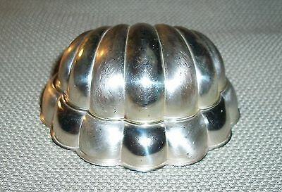 Vintage 1930's Blue Bird Silver Plate Clam Shell Ring Box Case Bluebird