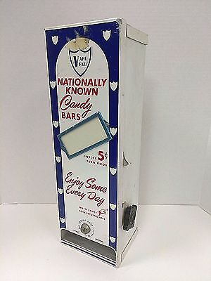 1953 5 Cent Vari Vend Robric Corp. Nationally Known Candy Bars Vending Machine
