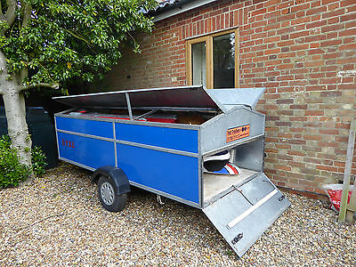 Windsurf Trailer, 3 Boards,3  Masts, 6 Sails and 4 Booms and kit