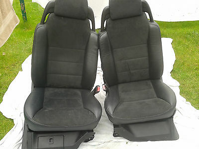 Discovery Td5 Black Leather/Alcantara seats, full set of 7 plus door cards L@@K