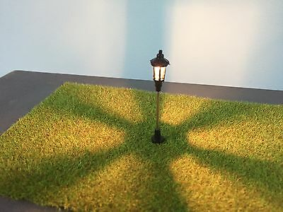 N Scale Lamp Post 6-16vAc/Dc X 15 New