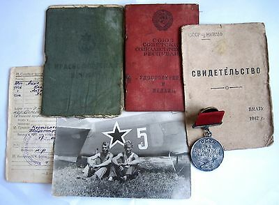 Soviet WW2 SET Medal For Services In Battle #334989 LOW NUMBER QUADRO 1943 + DOC