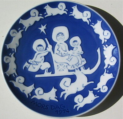 Samoyed Vintage Collectable Plate Denmark Samoyeds Running Around The Plate