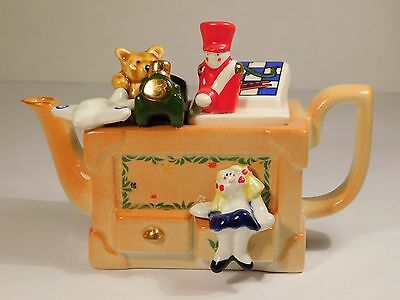 Cardew Design One Cup Porcelain Teapot TOY BOX Airplane Doll Bear Car w/Box