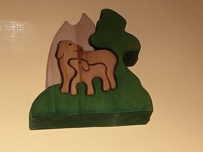 wooden animal  puzzle from New Zealand : 4 pieces