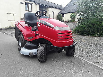 EXCELLENT HONDA RIDE ON MOWER  - 2620 -20hp HONDA ENG. - 48in. COLLECT or MULCH
