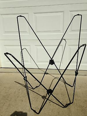 Vintage Mid-Century Modern Butterfly Folding Chair Black Metal Frame
