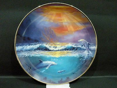 """Franklin Mint Collector Plate - Dawn of the Dolphins (8"""") Delmary Dennis"""