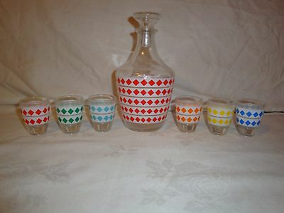 Vintage Diamond Decanter With 6 Shot Glasses Made In France Cristal D'arques
