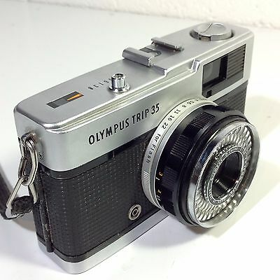 OLYMPUS Trip 35 Compact 35mm Camera Red Flag Working