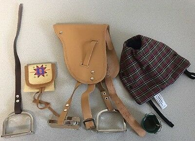 American Girl Doll Felicity's Horse Penny Saddle & Stirrups Pail Blanket Pannier