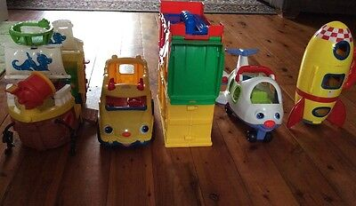 7 toys incl 5 Little People Fisher Price*Pick up Rooty Hill 2766