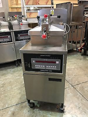 Henny Penny -  8000E ELECTRIC  Pressure Fryer . ( Finance / Lease Available )