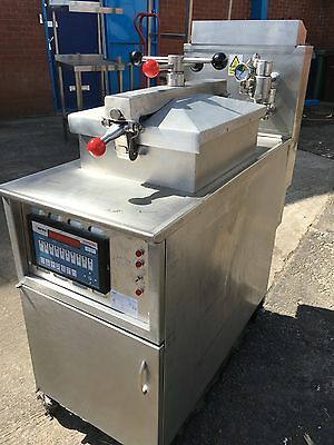 Henny Penny 600 GAS FASTRON Pressure Fryer .  ( FREE UK Delivery )