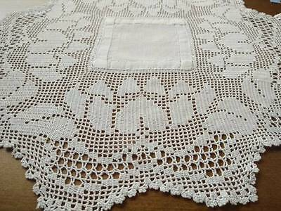 Lovely Vintage Water Lily's - Filet Hand Crochet Centrepiece - Linen middle