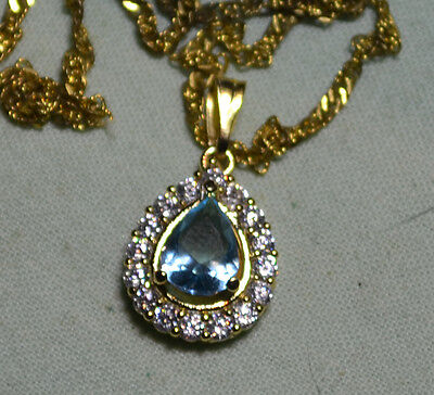 Vintage genuine Blue Aquamarine gemstone pendant, 14k gold, estate