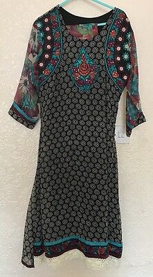 Women's Asian 3 Piece Suit Size Large