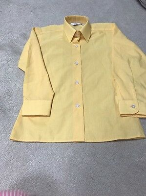 Brand New Girls Canary Showing Shirt Size 22