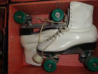 Vintage 60's Women's Roller Skates with Carrying Case - Size 8