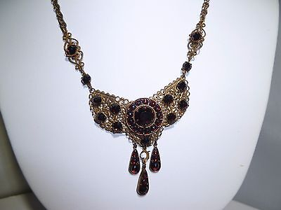 Gold Field Antique Vintage Beautiful  Necklace Choker Garnet Stones Antique